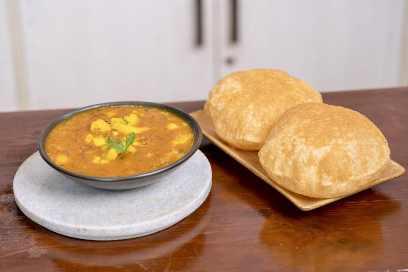Aloo Puri Bhaji Recipe