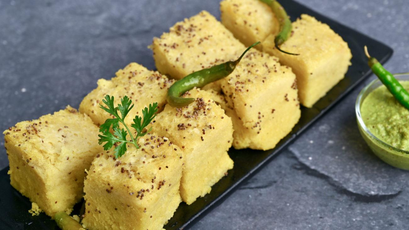Dhokla Recipe | Gujarati Khaman Dhokla