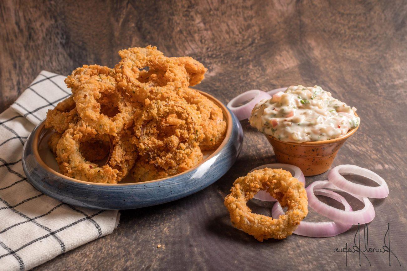 Crispy Fried Onion Rings, Onion Dip